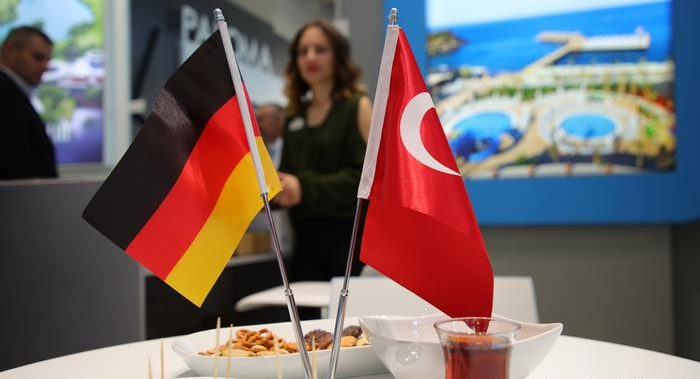 Turkey criticizes German 'populism' after Merkel shift on European Union membership