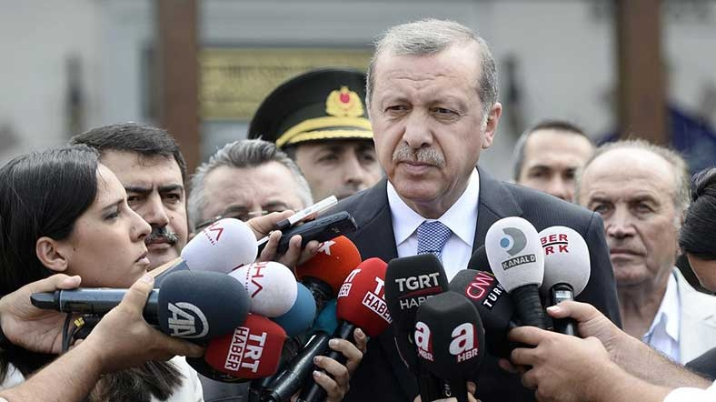 Erdoğan: No journalist in Turkish prisons but terrorists, thieves, spies