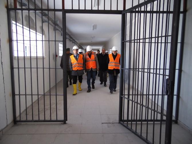 TL 5.5 bln to be spent to construct 39 new prisons in Turkey: report