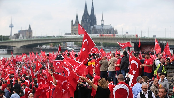 German minister says Turkish intelligence collecting information on opponents