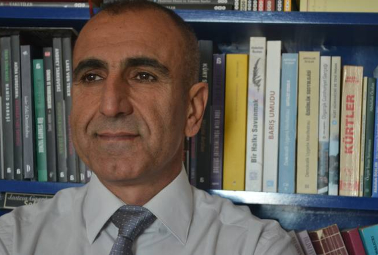 Writer Vedat Çetin under custody over terror charges