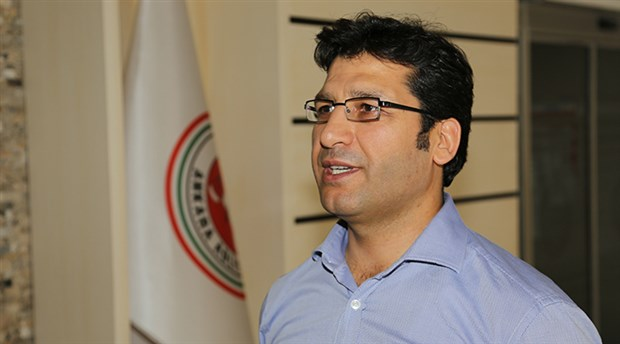 Award-winning judge Murat Arslan remains behind bars following court decision
