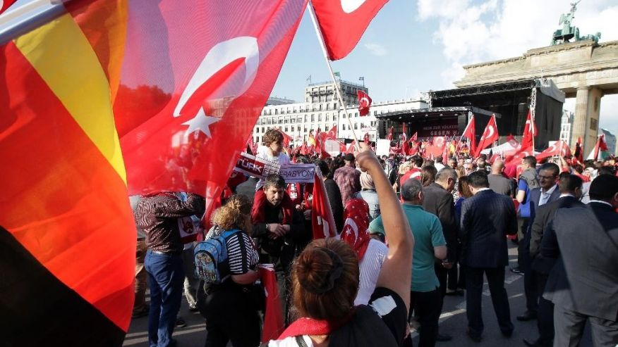 1,059 Turkish nationals claimed asylum in Germany in October