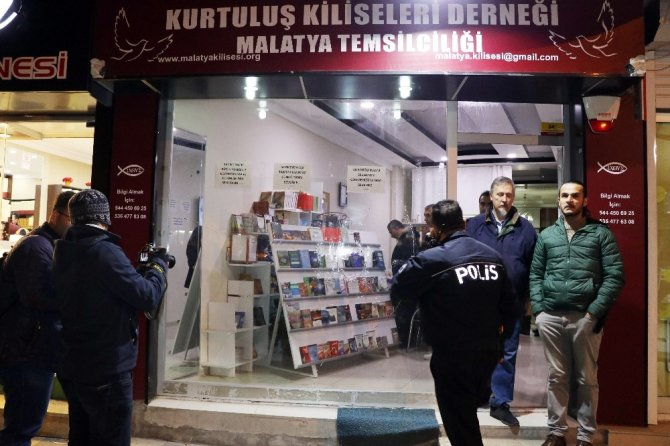Armenian church association in eastern Turkey attacked by unknown thugs