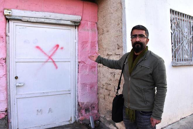 Alevis worried as 13 houses marked with crosses in Turkey's Malatya province