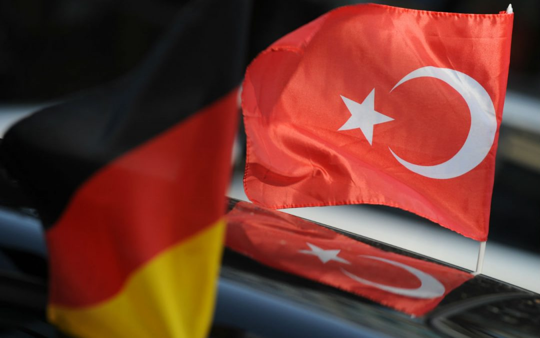 768 senior public servants, families claimed asylum in Germany: report