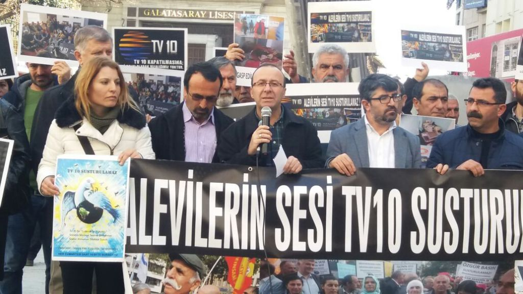 Journalist, writer and 28 others detained in Istanbul