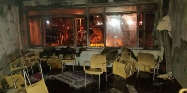 Pro-government mob attacks pro-Kurdish HDP office in Istanbul