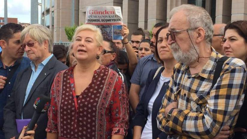5 journalists get jail sentence for showing solidarity with pro-Kurdish daily