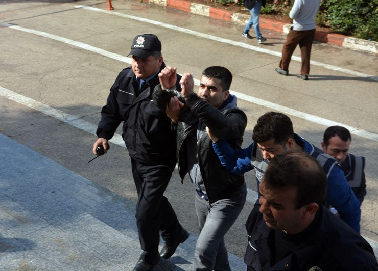 Hatay man arrested for 'insulting' President Erdoğan in harassing messages to ex-girlfriend: report