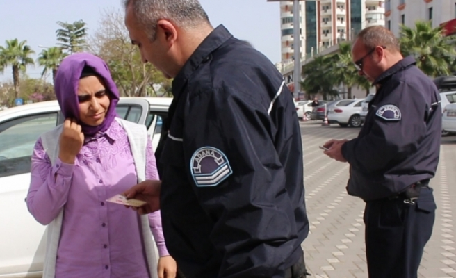 Woman wanted over Gulen ties detained after notary public reported her to police