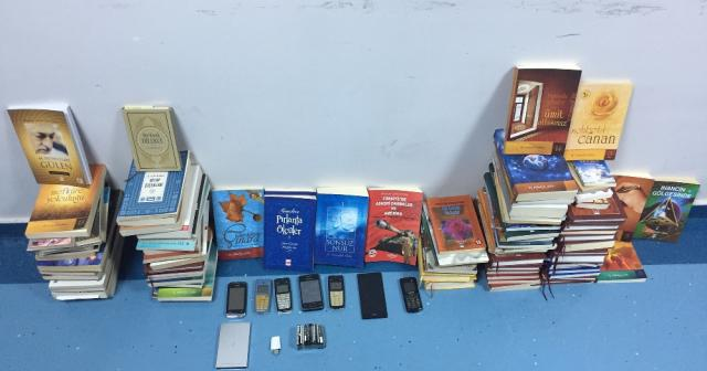 Adana police seize books by Gulen, Nursi as criminal evidence
