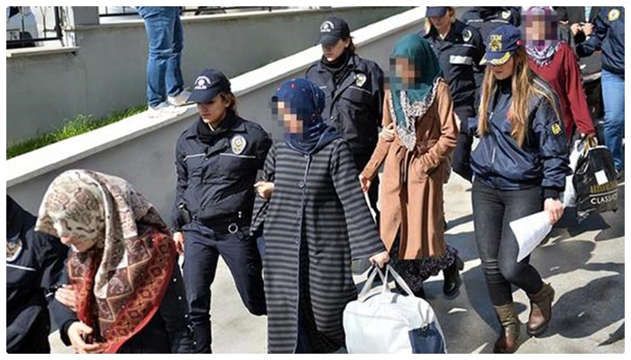 43 out of 80 'Gülenist' women sent to prison for charity sale in benefit of purge-victims in Mersin