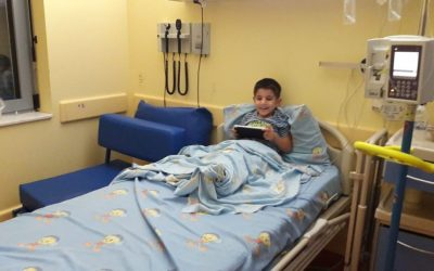 Turkish refugee father waits for papers to visit son diagnosed with cancer: report