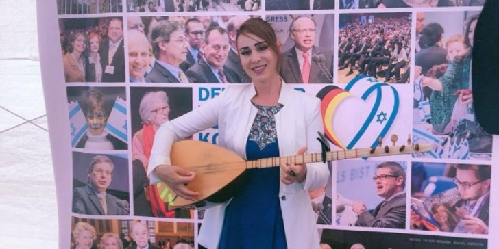 Kurdish singer detained over social media postings