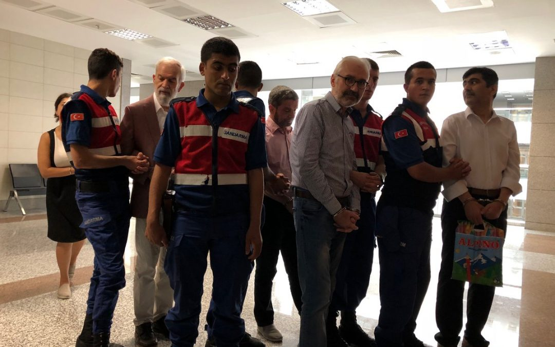 İstanbul court sentences Zaman journalists to prison for up to 10 years on terror charges