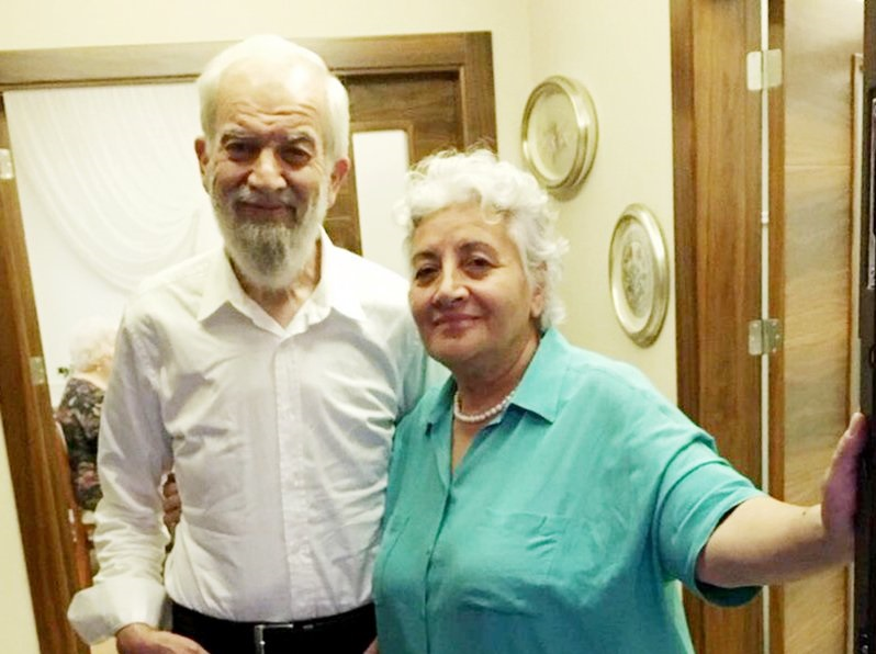 Here's the first photo of Turkish author Alkan after being released from prison