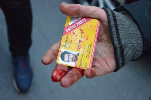 New decree orders: Presidential office to provide press cards to Turkey's journalists