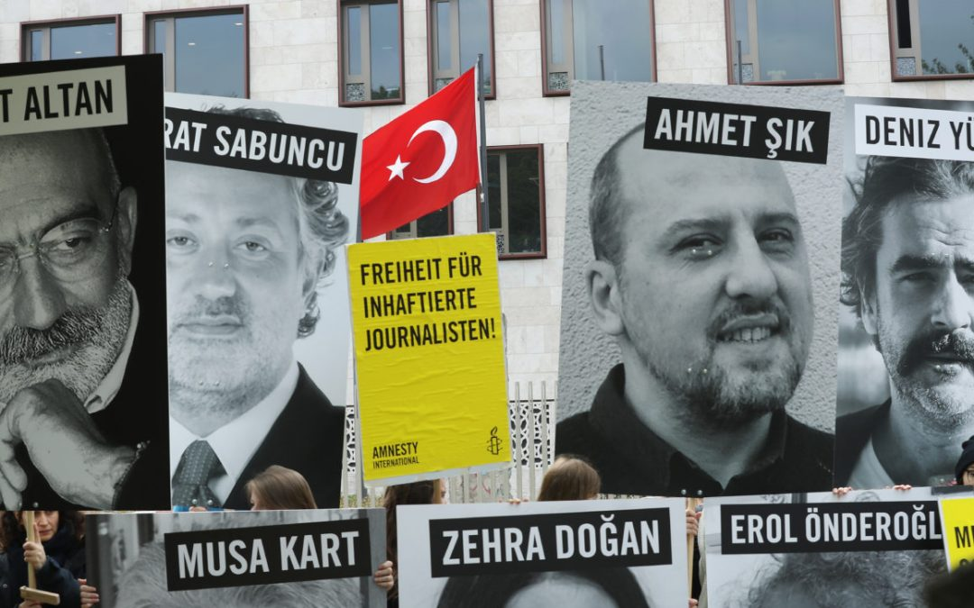 Report: 315 Turkish journalists face 47 life sentences plus 3,034 years in jail in total