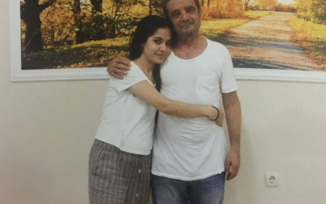 Jailed political scientist Türköne seen with daughter in first photo from Turkish prison