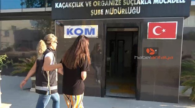 Yet another 12 teachers detained as part of Turkey's post-coup investigations
