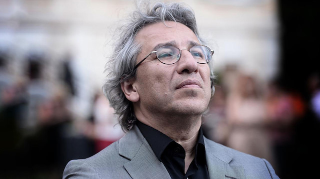 Turkey issues arrest warrant for journalist Dündar over Gezi Park protests
