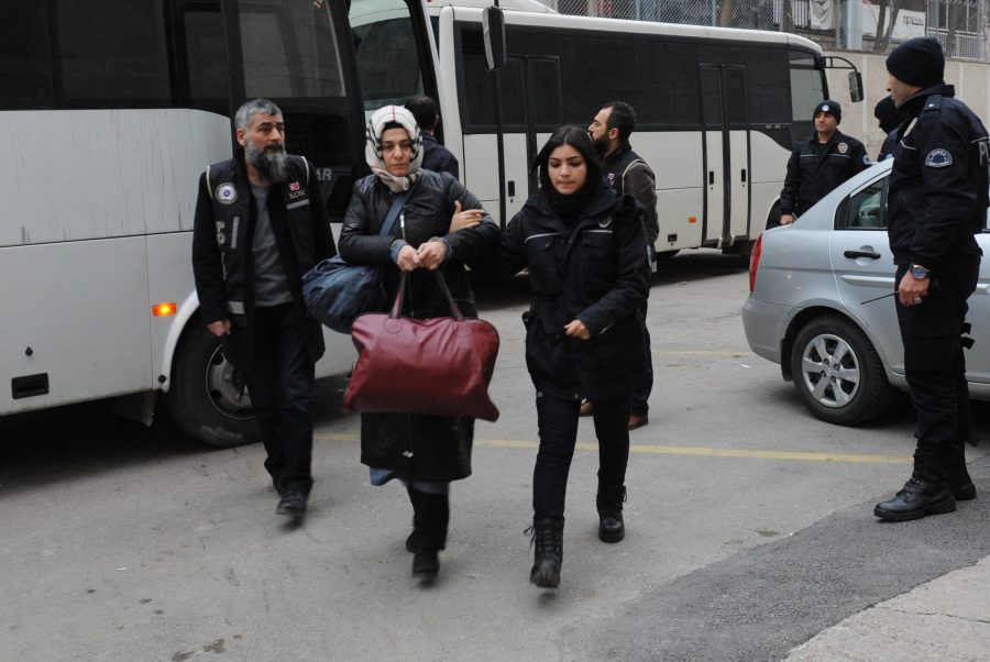 Turkey detains 144 lawyers over Gülen links: Reuters