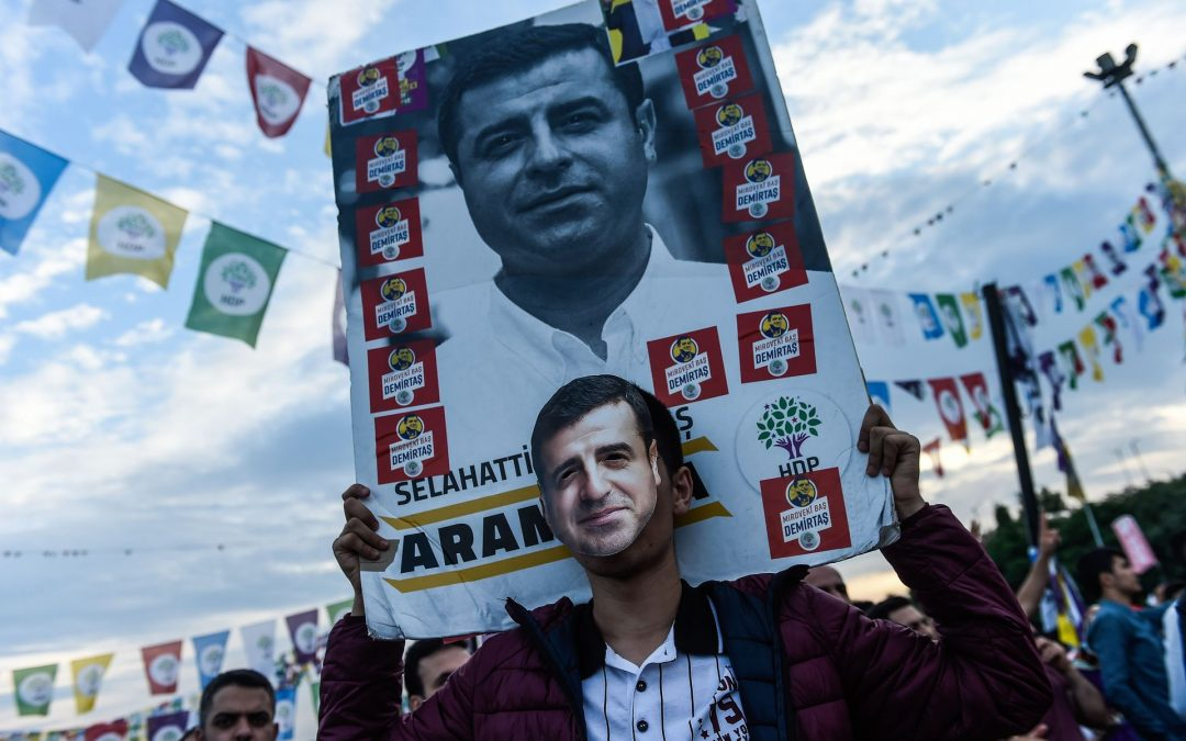 Istanbul man arrested for hanging posters of jailed Kurdish politician Demirtaş