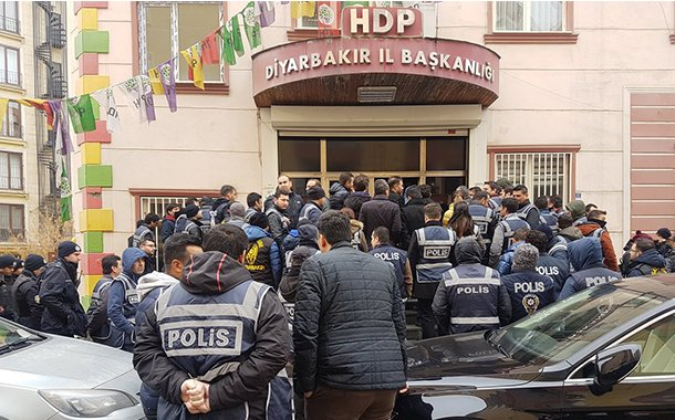 Turkish police raid pro-Kurdish HDP Diyarbakır office for 3rd time in a week