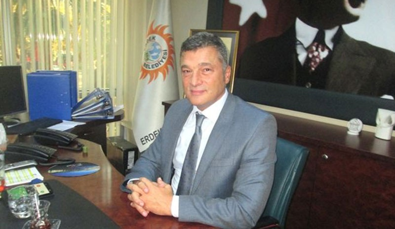 "Elected mayor dismissed from office for ""insulting"" President Erdoğan: report"