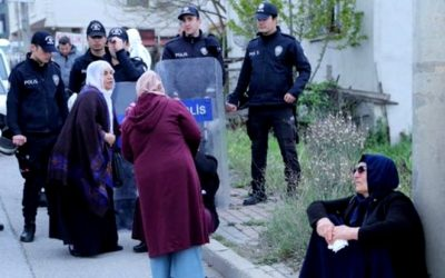 [VIDEO] Police harass Kurdish women over sit-in they held in solidarity with jailed family members