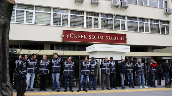 9 purge-victim mayor-elects denied mandate by Turkey's election authority