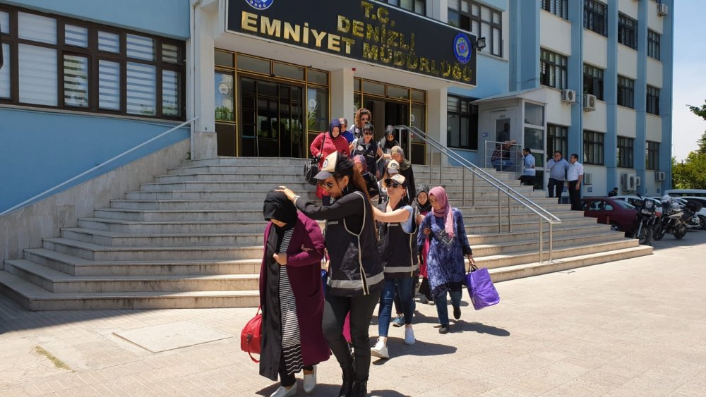 20, mostly women, detained over Gulen links in new post-coup probe in Turkey's Denizli