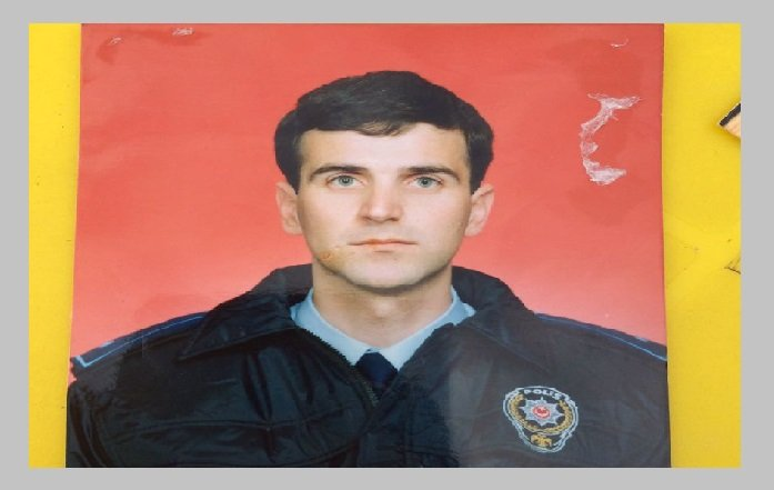 Purge-victim police chief dies of cancer in İzmir prison: report