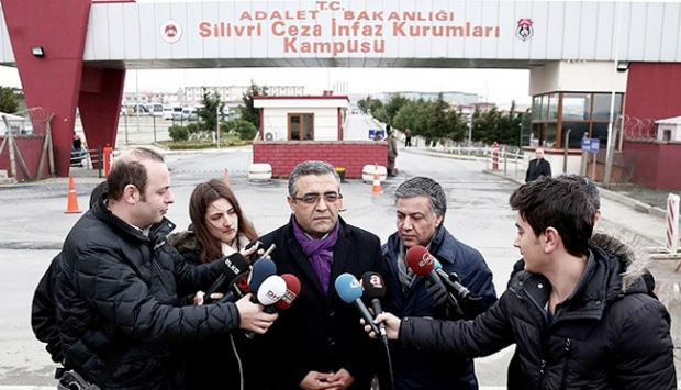 Turkish intel agents torture inmates in İstanbul's notorious Silivri Prison, deputy claims