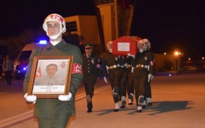 Purge-victim police officer dies during clashes with the PKK