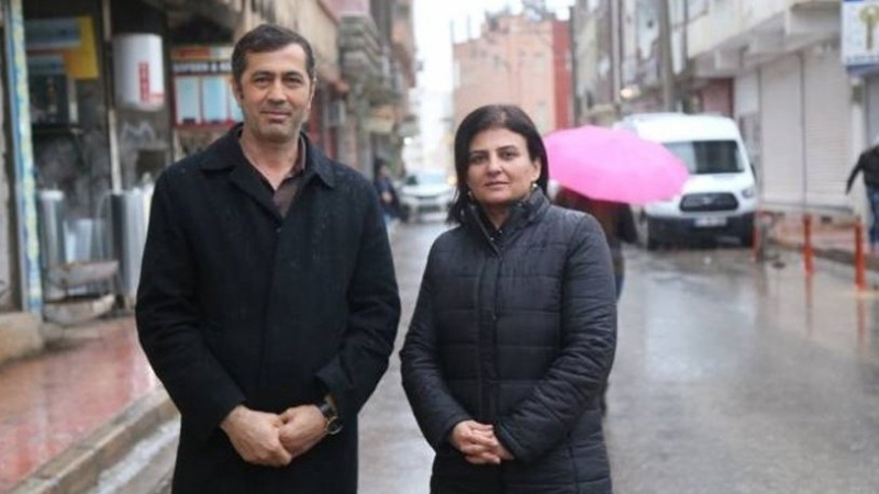 Turkey jails pro-Kurdish co-mayors on terror charges: report