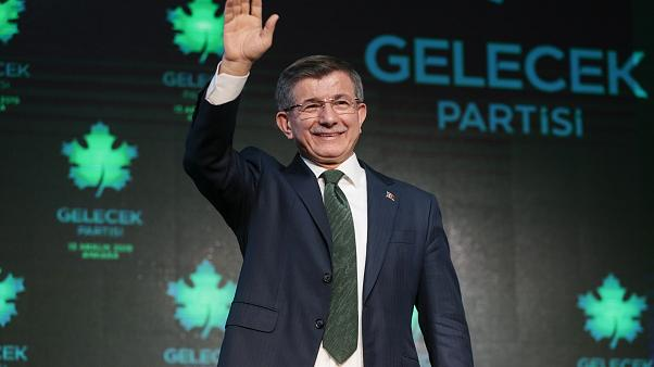 Turkish court appoints trustees to Erdoğan-critic Davutoğlu-affiliated foundation: report