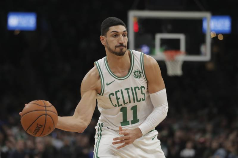 "Erdogan-critic Enes Kanter ""kinda-censored"" by Turkish media, websites"