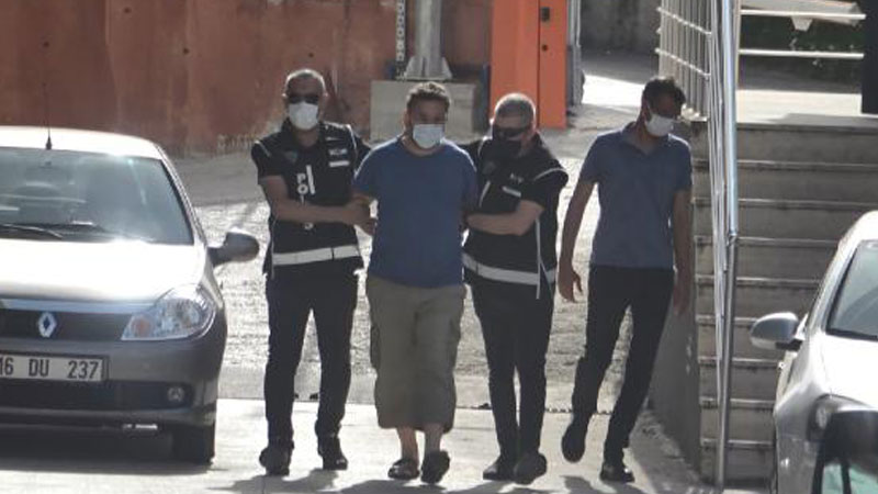 """Police detain local journalist for """"insulting"""" Erdogan, Soylu in Youtube video"""
